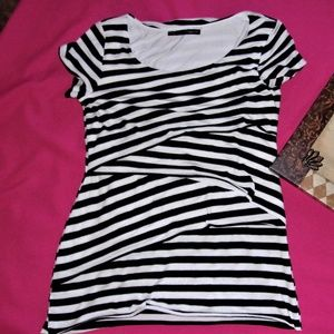 small black and white stripe tee shirt layer top